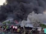 39 Unit Kapal Ikan Terbakar di Pelabuhan Benoa Bali