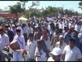 VIDEO: Aksi Lempar Batu dalam Demonstrasi di Panwaslu Sampang