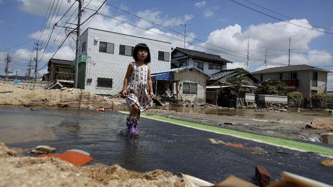 KJRI Osaka Bantu WNI Korban Banjir dan Longsor di Jepang