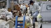 Selain memakan korban lebih dari 157 orang, puluhan lainnya dikabarkan masih hilang. (REUTERS/Issei Kato)