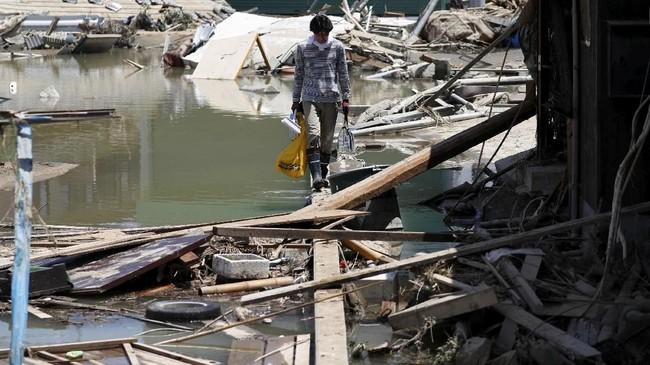 Wilayah yang terparah dilanda banjir mencakup Prefektur Hiroshima dan Okayama. (REUTERS/Issei Kato)