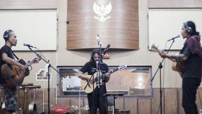 Tiga Musisi Indie Terlibat 'Proyek Bahaya Laten'