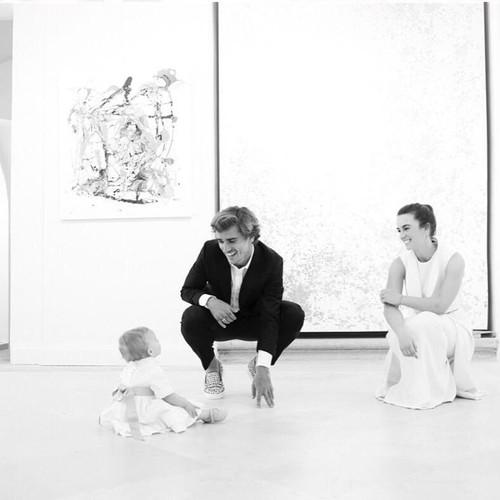 Ini Istri Striker Ganteng Prancis Antoine Griezmann yang Nggak Suka Eksis