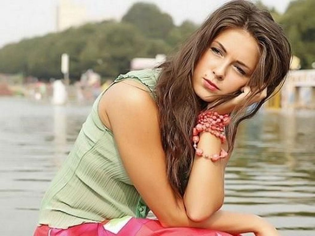 7 Wanita Cantik Rusia yang Pesonanya Memukau Dunia