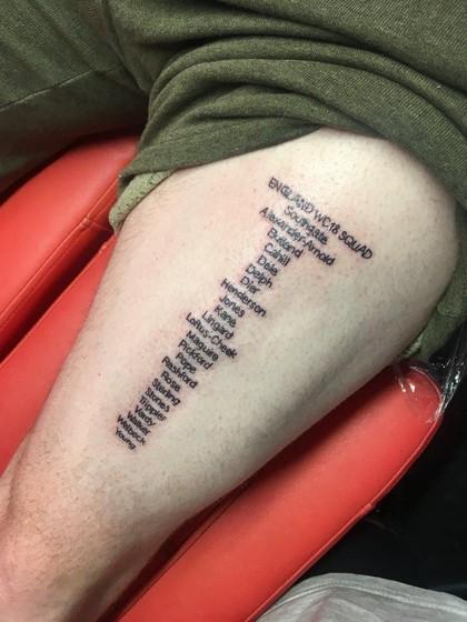 Pria Ini Tato Tubuhnya dengan 23 Nama Timnas Inggris, Alasannya Konyol