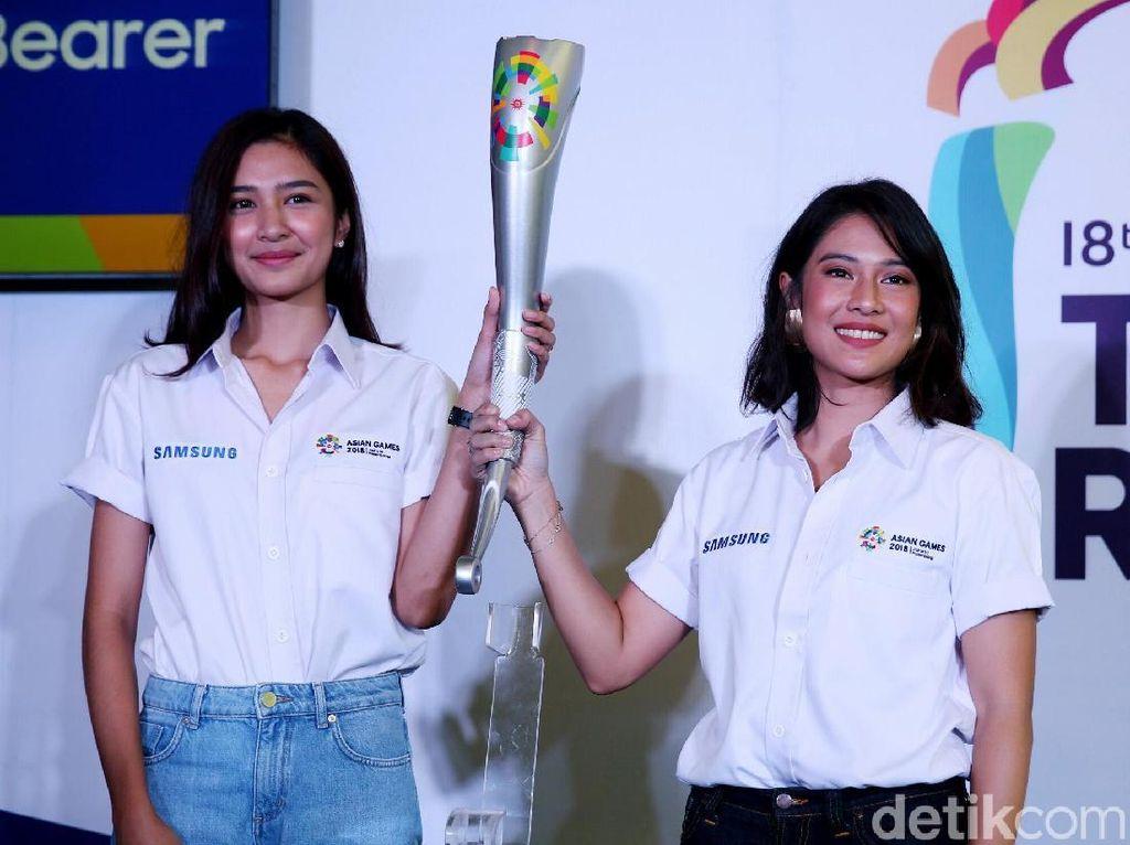 Dian Sastrowardoyo dan Mikha Tambayong akan ramaikan kirab obor Asian Games 2018.