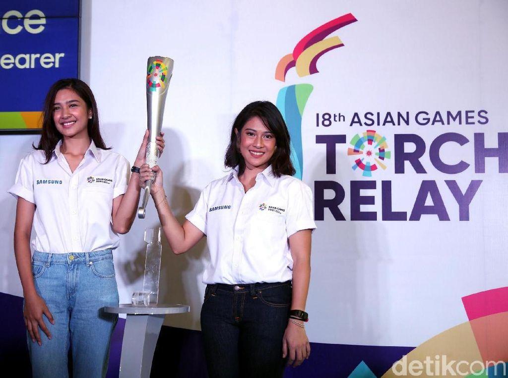 Tugas baru untuk Dian dan Mikha itu diumumkan Panitia Penyelenggara Asian Games (INASGOC) bersama Samsung Electronics Indonesia di Hotel Atlet Century Park, Senayan, Rabu (11/7/2018).