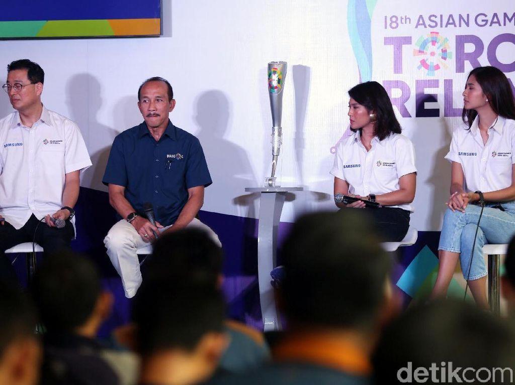 Kedua artis tersebut diperkenalkan oleh Panitia Penyelenggara Asian Games (INASGOC) bersama Samsung Electronics Indonesia yang menjadi ofisial partner Asian Games 2018. Terpilihnya Dian dan Mikha memberikan harapan untuk bisa mengajak generasi muda untuk ikut serta memeriahkan kembali Asian Games.