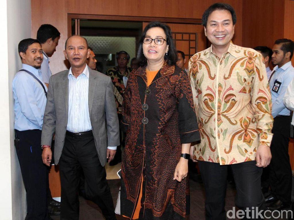 Rapat tersebut dilaksanakan di Komplek Parlemen, Senayan, Jakarta, Rabu (11/7/2018).