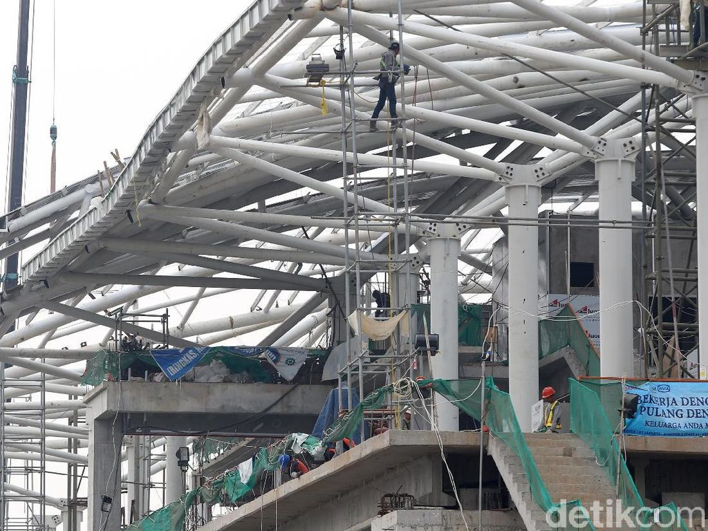 LRT Jakarta akan digunakan dalam perhelatan Asian Games 2018. Penumpang LRT bisa langsung masuk ke dalam arena balap sepeda yang ada di Velodrome, dikarenakan stasiun LRT tersebut langsung terintegrasi dengan arena.