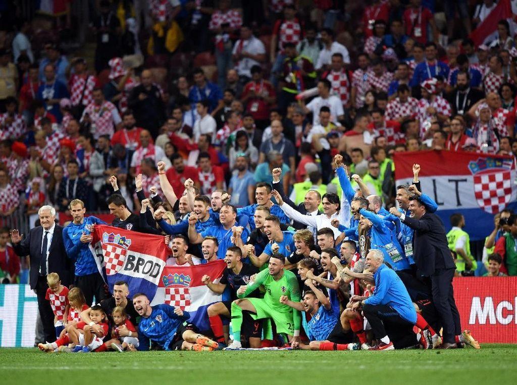 Sementara Kroasia akan menghadapi Prancis di stadion yang sama dalam babak final yang berlangsung Minggu (15/7/2018). (Foto: Shaun Botterill/Getty Images)
