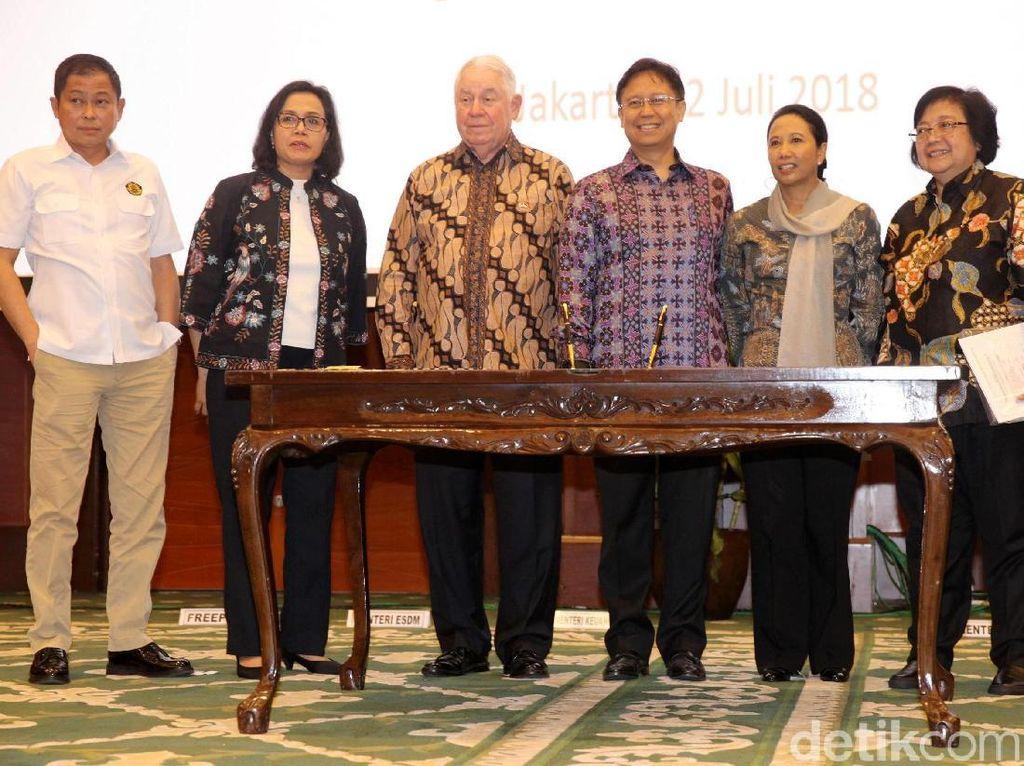 Pemerintah melalui Kementerian Keuangan sore ini menggelar acara penandatanganan Head of Agreement (HoA) dengan PT Freeport Indonesia (PTFI) dalam rangka pengambilalihan saham. Acara penandatanganan ini menjadi tanda bahwa telah tercapai proses pengambilalihan saham Freeport Indonesia hingga 51%.