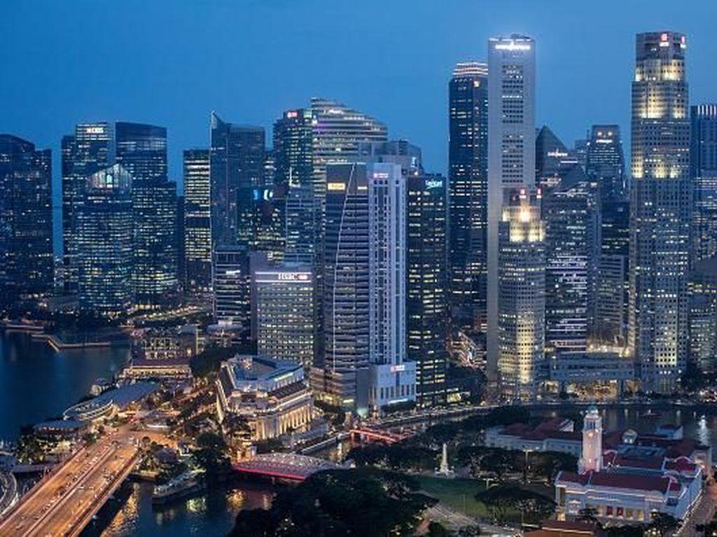 Jangan anggap remeh Singapura. Negara kecil ini memiliki kekuatan besar di roda perekonomian dunia. Singpura menjadi salah satu pusat perdagangan paling strategis yang ada di Asia Tenggara. Chris McGrath/Getty Images.