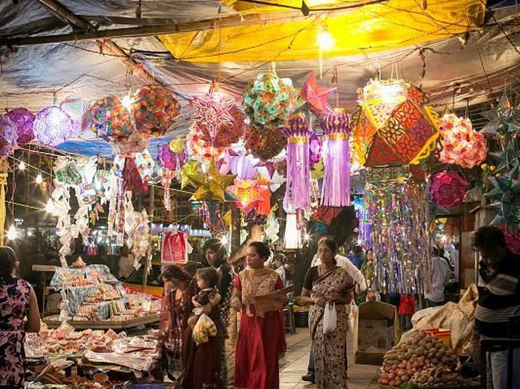 Kota Mumbai, India pun masuk dalam daftar kota paling sibuk di dunia. Mumbai menjadi pusat ekonomi India dan menjadi salah satu kota dengan destinasi wisata yang banyak diminati oleh wisatawan asing karena kebudayaannya. Allison Joyce/Getty Images.