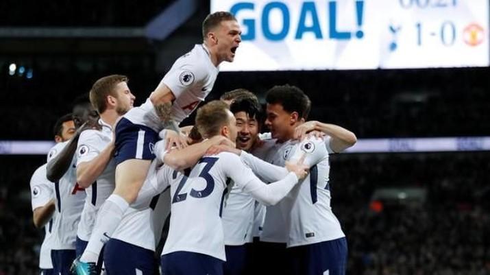 Kini tulang punggung tim nasional Inggris berasal dari Tottenham Hotspur, klub yang beberapa tahun lalu masih berstatus medioker.