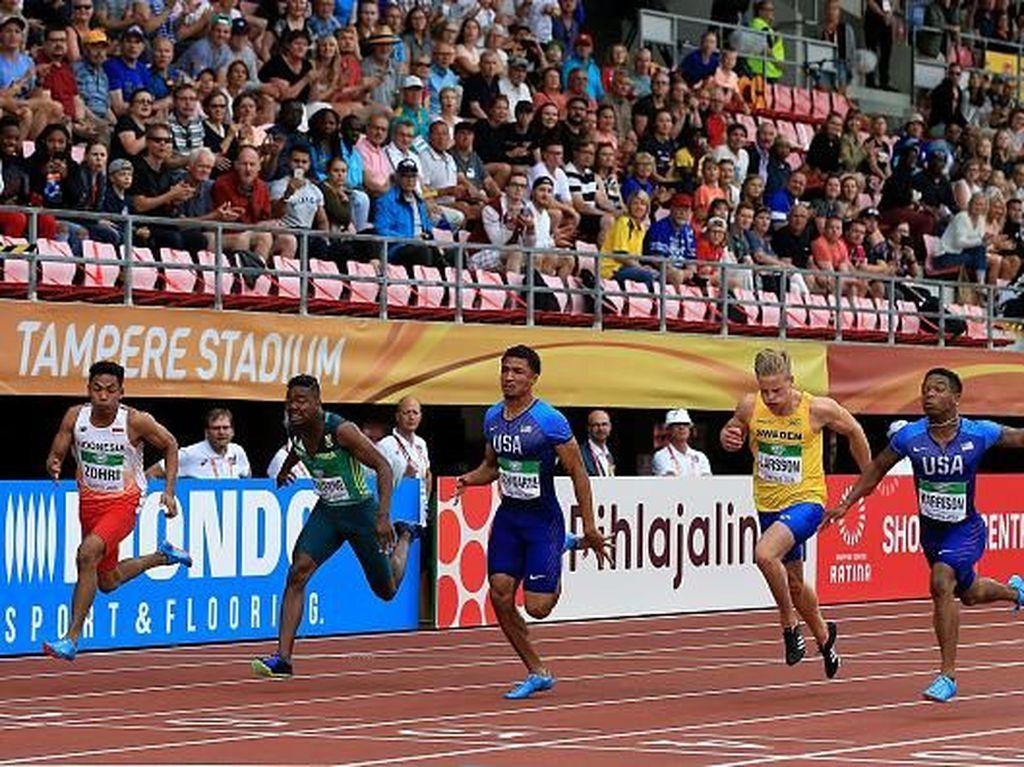 Pelari muda Indonesia ini mampu buktikan kemampuannya dalam kancah internasional usai kalahkan dua pelari asal Amerika Serikat, Swedia, dan Afrika dalam ajang atletik perlombaan lari nomor 100 meter. Istimewa/Stephen Pond/Getty Images.