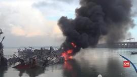 VIDEO: Kobaran Api Masih Terlihat di Pelabuhan Benoa