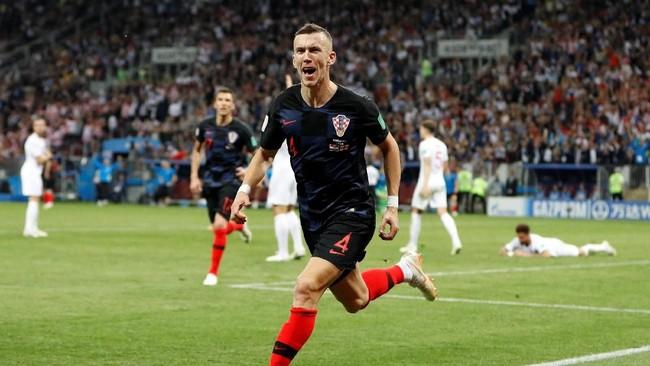Ivan Perisic mencetak satu gol dari tujuh tembakan dalam pertandingan melawan Inggris. Selain itu Perisic juga memberikan satu assist untuk gol yang dicetak Mario Mandzukic. (REUTERS/Darren Staples)