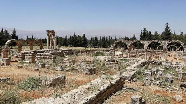 Kota Anjar tidak pernah selesai dibangun karena lebih dulu dihajar oleh perang sekitar tahun 744.