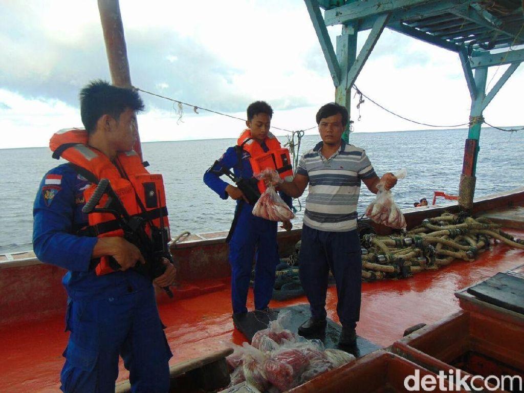 Penenggelaman kapal maling ikan membawa hasil di antaranya jumlah ikan yang bisa ditangkap di laut meningkat, dan berkurangnya jumlah kapal asing yang berani masuk ke perairan Indonesia. Istimewa/Dok. Dit Polair Baharkam Polri.