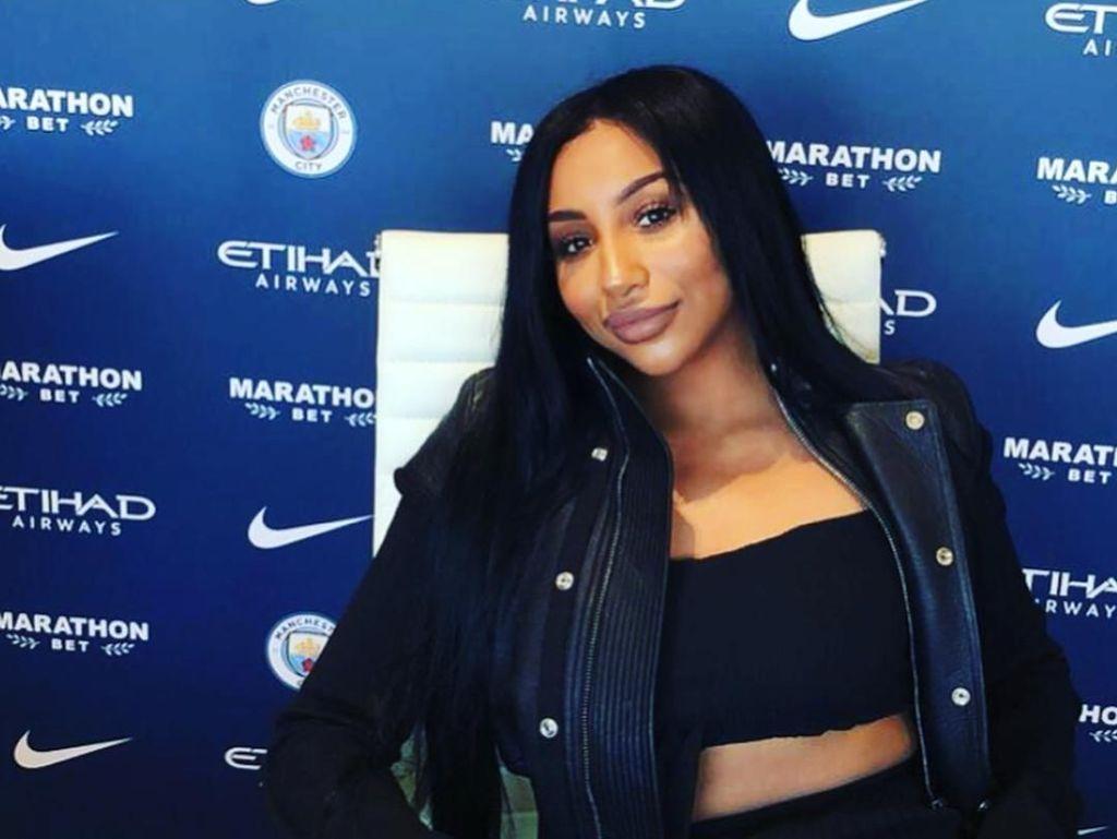 Ini Istri Pemain Termahal Manchester City yang Disebut Mirip Kim Kardashian