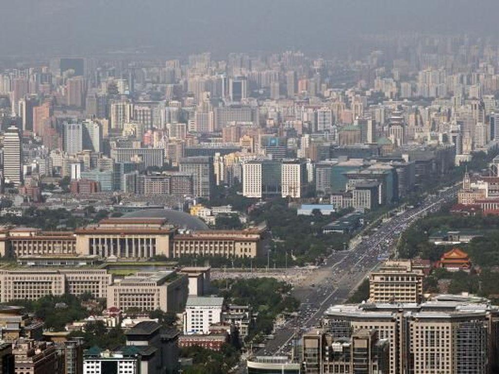 Selain Shanghai, kota paling sibuk di dunia juga ditempati oleh Beijing yang merupakan ibukota negara China. Kota ini menjadi kota dengan penduduk terbesar kedua di China yang dijuluki sebagai kotanya para enterpreneur atau pengusaha. Feng Li/Getty Images.