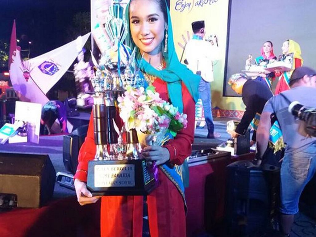 Selain jadi presenter, sebelumnya ia juga memenangkan None Jakarta dari Kepulauan Seribu. Foto: Dok. Instagram/shabrinaar