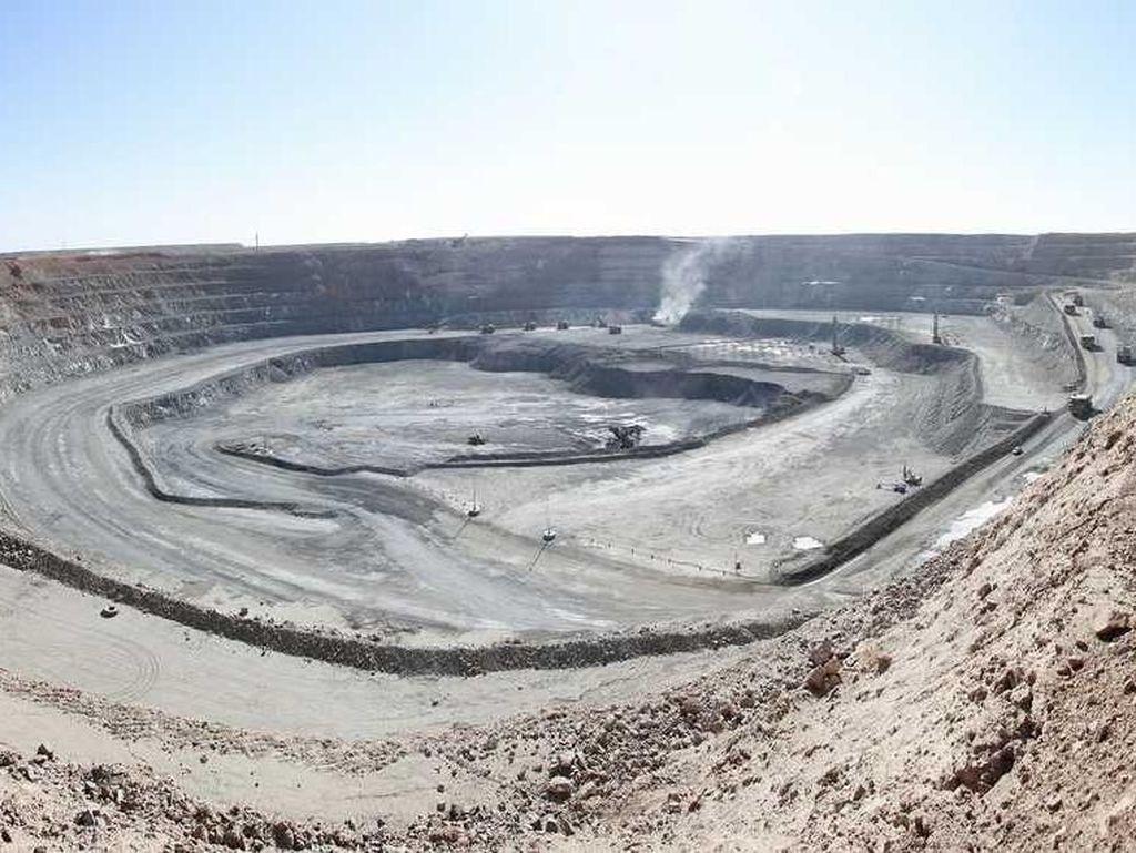 Tambang Oyu Tolgoi di selatan Gurun Gobi ini diperkirakan punya kandungan 46,3 juta ons emas. Miningglobal.com/Istimewa.
