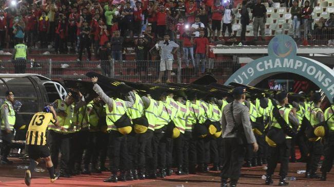 Ricuh Penonton Piala AFF, Menpora Malaysia ke Indonesia