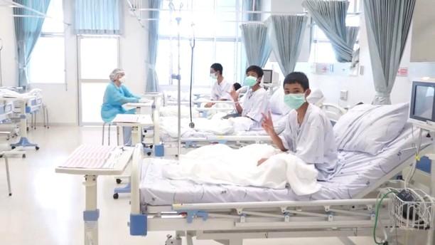 12 Remaja yang Diselamatkan dari Gua Jalani Perawatan
