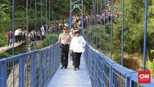 Berkah Jembatan 'Diplomasi' bagi Warga Cibunar Garut