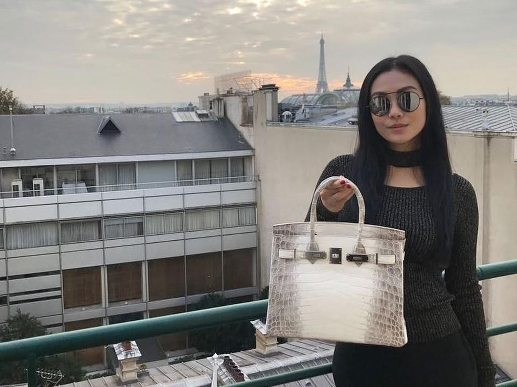 Gaya Mewah Nina Kaginda, Sosialita Penjual Tas Hermes Langganan Syahrini