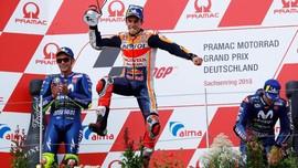 Pengamat: Rossi Bisa Kalahkan Marquez Jika Yamaha Bagus