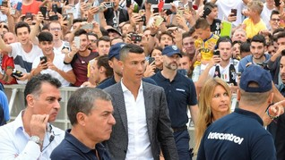 Cristiano Ronaldo Sindir Real Madrid dengan Senyuman