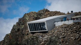 Museum 'James Bond' di Curamnya Alpen