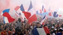 Warga Rayakan Kemenangan Prancis di Piala Dunia