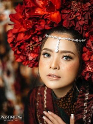 7 Artis Indonesia Ikutan Tren Makeup Freckles, Makin Cantik atau Aneh?