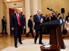Melunak pada Rusia, Trump Bantah Dirinya 'Dikendalikan' Putin