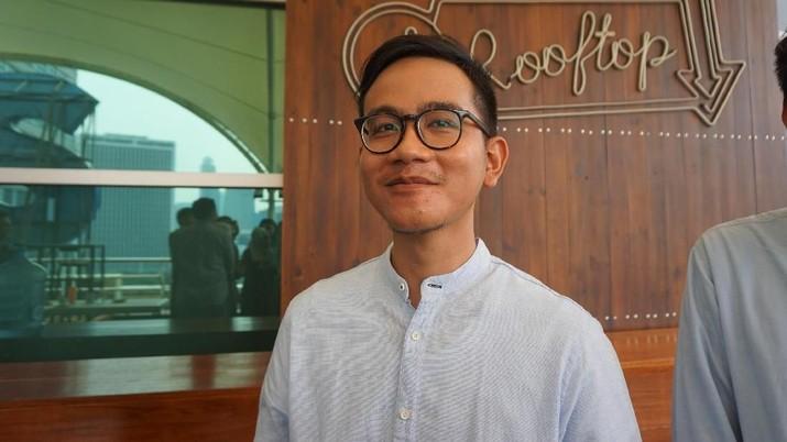 Anak lelaki Presiden Joko Widodo (Jokowi) yakni Gibran Rakabuming masuk dalam bursa calon Wali Kota Solo 2020 versi Universitas Slamet Riyadi (Unisri).