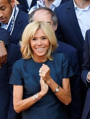 Rayakan Prancis Menang Piala Dunia, Istri Presiden Pakai Louis Vuitton
