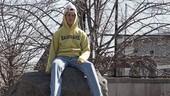 Bikin Bingung, Jeans 2,6 Meter Seharga Rp 7 Juta Ini Kok Habis dalam 4 Hari