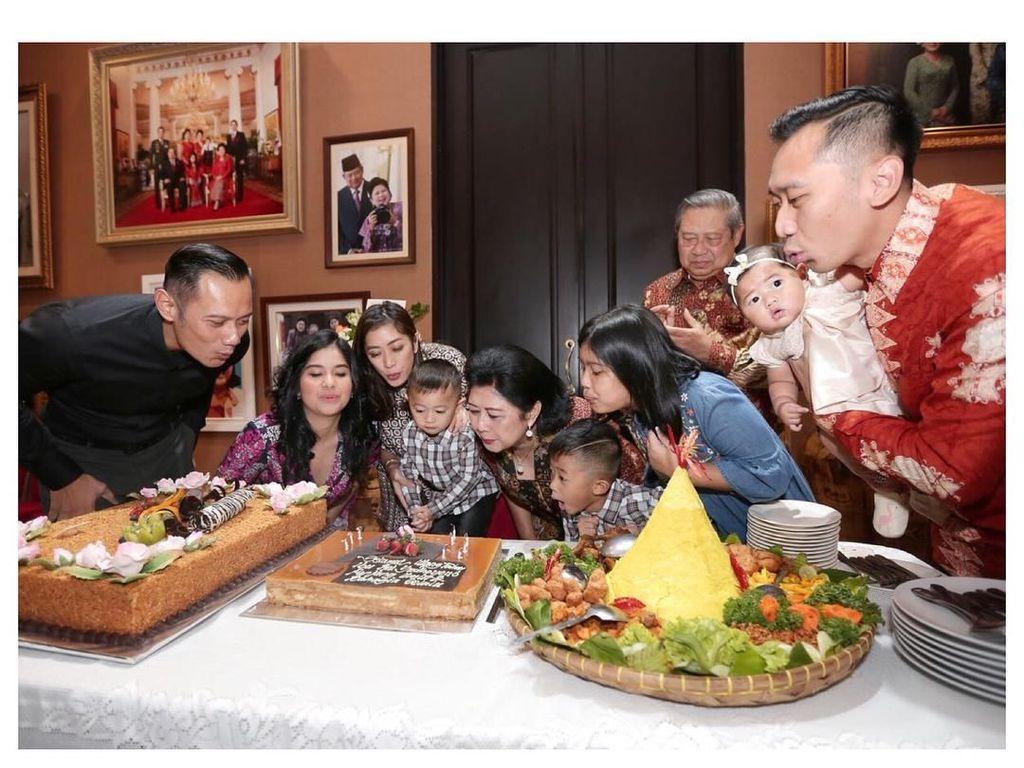 Sayang Keluarga, Ini Sosok Ibas Yudhoyono Saat Makan Bersama SBY
