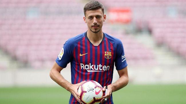 Gabung Barcelona, Lenglet Lega Tak Harus Lawan Messi