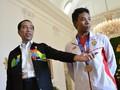 FOTO: Jokowi Berbincang Santai dengan Lalu Muhammad Zohri