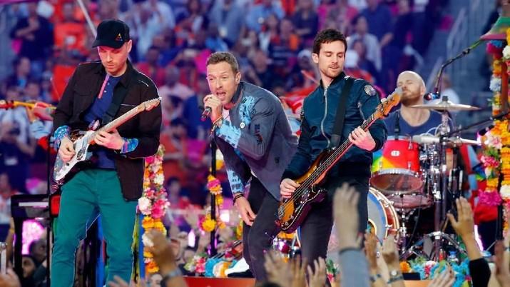 Berkat Konser & Suvenir, Coldplay Kantongi Rp 3,3 M/Hari