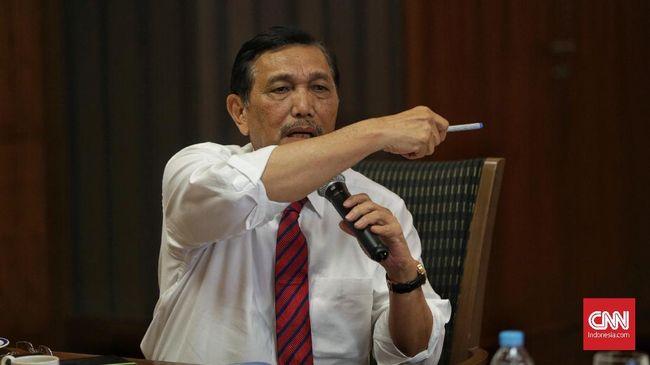 Luhut: Jokowi Rajin Sembahyang, yang Sebelah Sana Belum Jelas