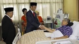 Joko Widodo dan Jusuf Kalla Jenguk SBY di RSPAD
