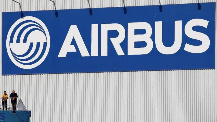 Delegasi produsen pesawat komersial asal Perancis, Airbus, menyambangi kantor Menteri Koordinator Bidang Kemaritiman Luhut Binsar Pandjaitan