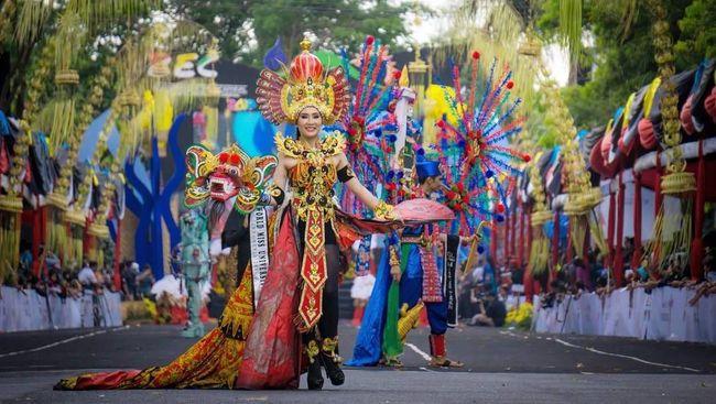 Seni Modern dan Tradisional di Banyuwangi Ethno Carnival 2018