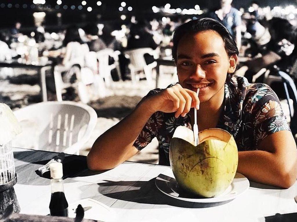 Rafi Haikal, Teman Dekat Valerie Thomas Ternyata  Doyan Makan Sehat